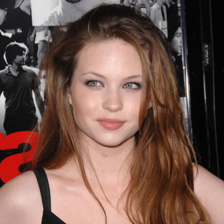 Daveigh Chase bio, net worth, Wiki, Boyfriend, Age, Divorce, Dating, Baby, Pregnant, Ethnicity