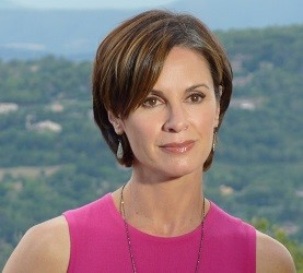 Elizabeth Vargas Bio, Wiki, Net worth, Affair, Divorce, Married, Children