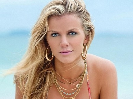 Brooklyn Decker Bio  Wiki, Net worth, Affair, Spouse, Children, Pregnant, Dating, Figure
