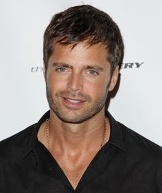 David Charvet Bio, Wiki, Married, Age, Height, Net worth, Wife, Sibling,  Children